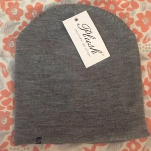 Plush Heather Grey Fleece-lined Barca Beanie NWT